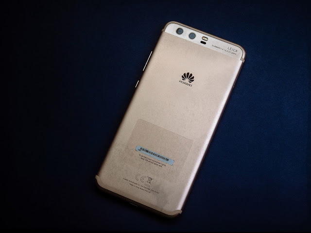 Huawei P10 Review and Photos