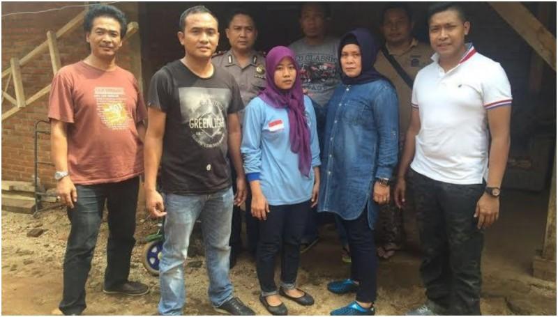 Mutia saat ditangkap polisi di Lampung