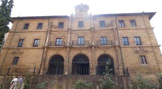 Oviedo, Monasterio de San Pelayo.