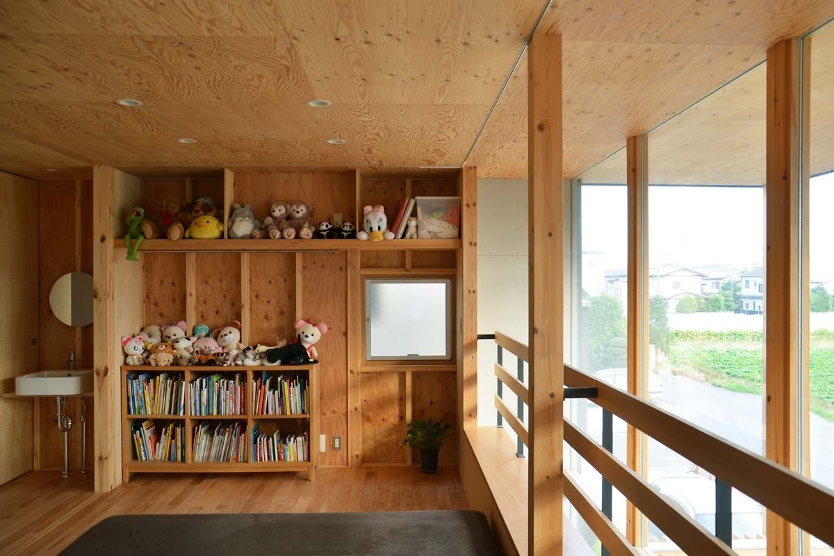 18-Second-Bedroom-Mizuishi-Architects-Atelier-Light-and-Airy-House-in-Japanese-Architecture-www-designstack-co