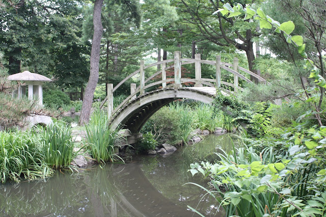 Fabyan Japanese Tea Garden footbridge