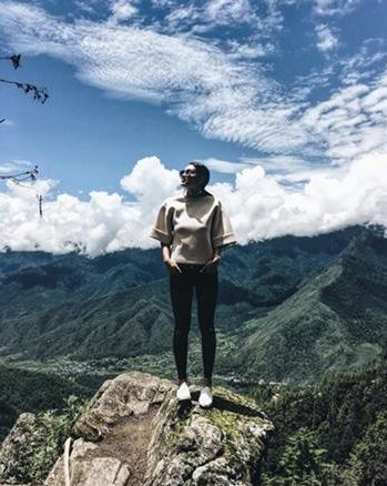 Famous Celebrities Who Are Fond Of Conquering Mountains! KNOW WHO THEY ARE HERE!
