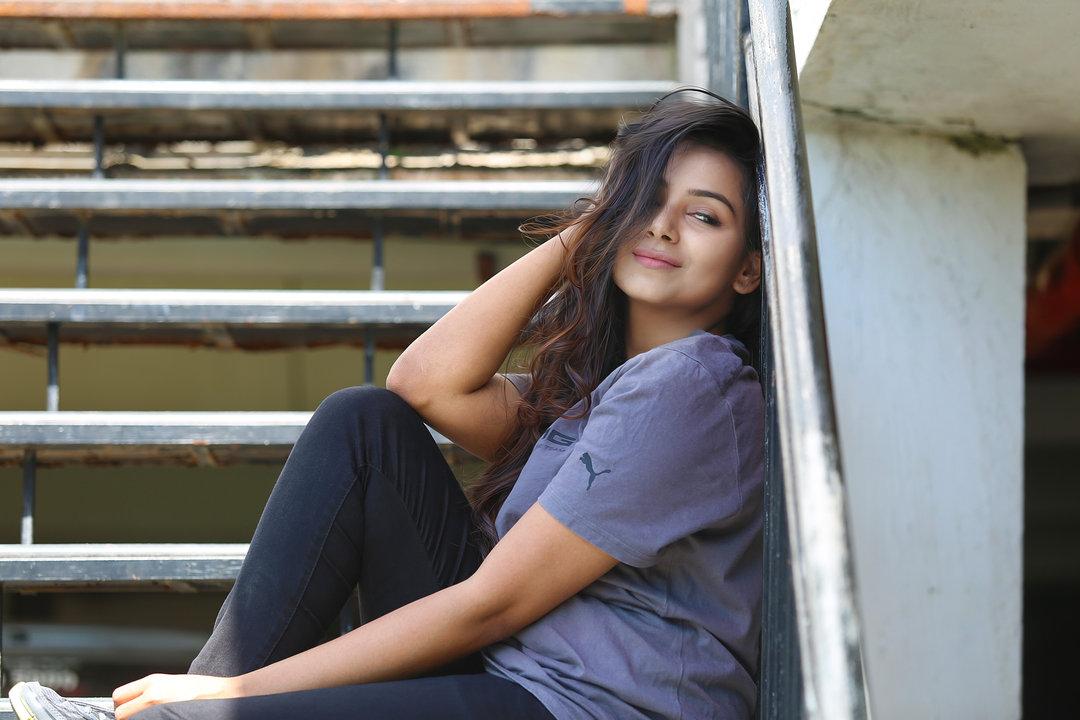 Mrudula Murali beautiful photo shoot-HQ-Photo-3