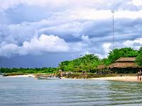 Cita Rasa Pantai Tanjung Lesung Banten