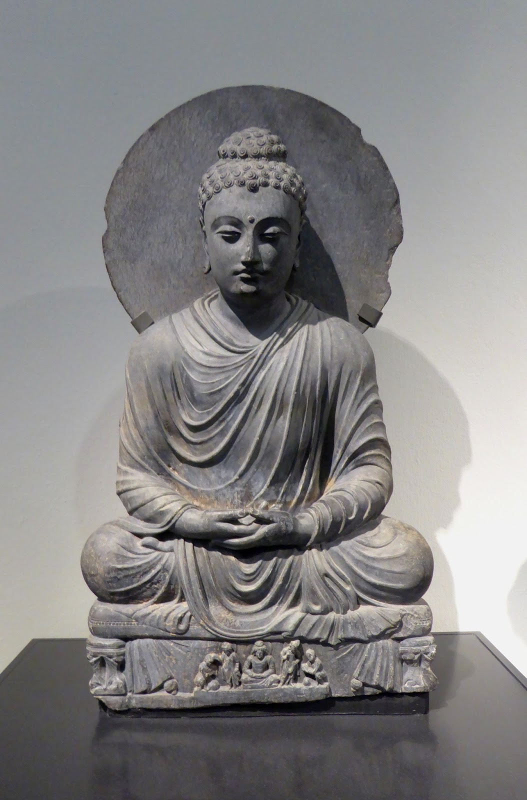 Was Gandhara Art Influenced By Greeks Or Romans