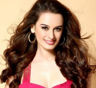 Evelyn Sharma Family Husband Son Daughter Father Mother Marriage Photos Biography Profile.