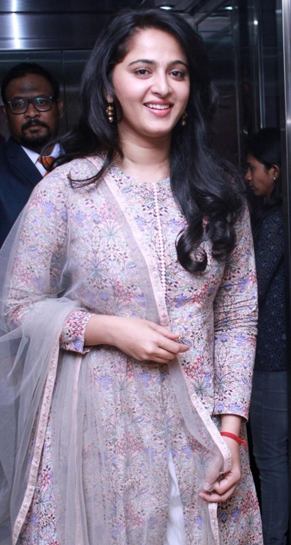 Glamorous Anushka Shetty Smiling Stills