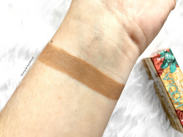 Benefit Hoola Quickie Contour Stick Swatch