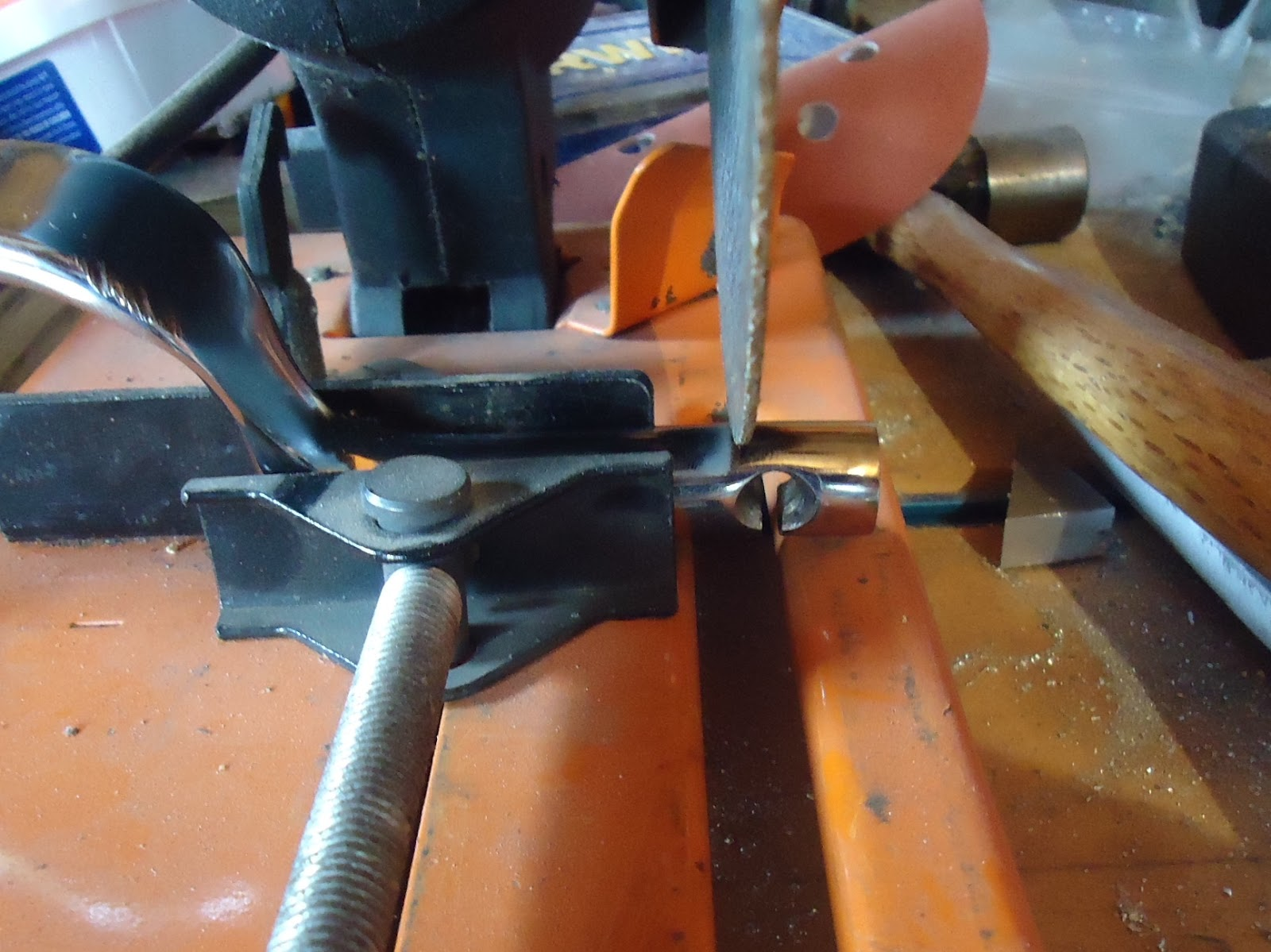 how to tap a hole with a drill press