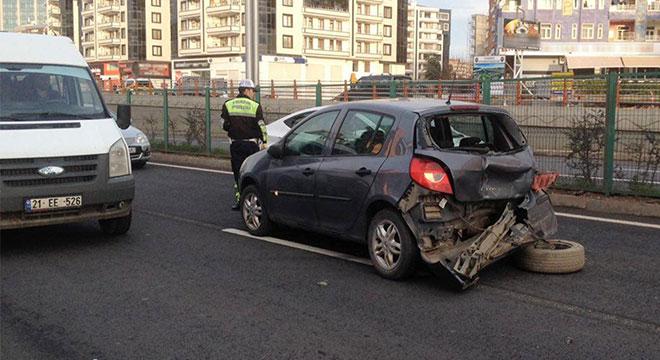 Diyarbakır Yenihal Köprülü Kavşağı yakınlarında kaza