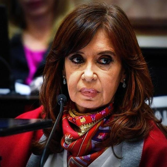 Seguridad reforzada y presencia de referentes políticos en la espera del juicio a Cristina Kirchner