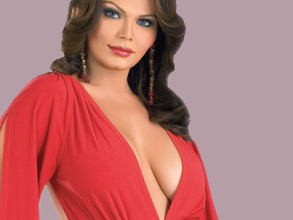 Rakhi Sawant Unseen Open Night Bed Hd Images Rakhi Sawant Smile Lips Standing Modeling Bollywood Heroin Actress Hot Bikini Photography Postures