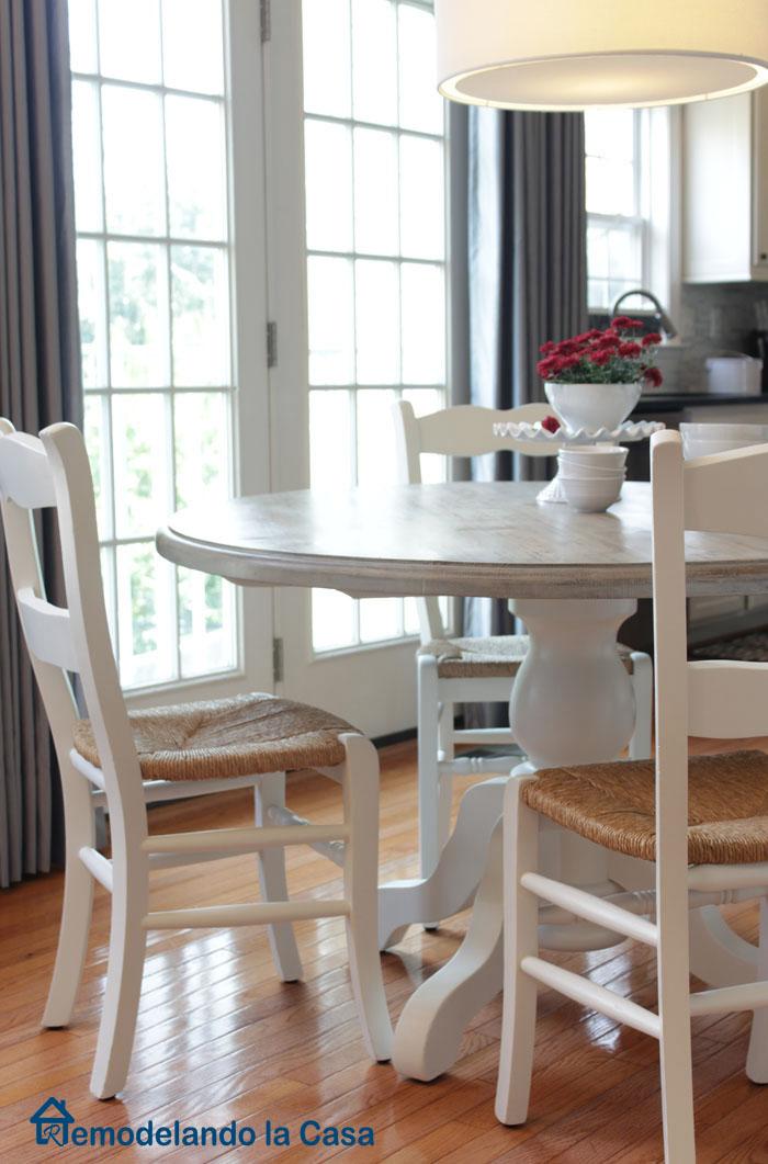 Kitchen Table and Chairs Makeover  Remodelando la Casa