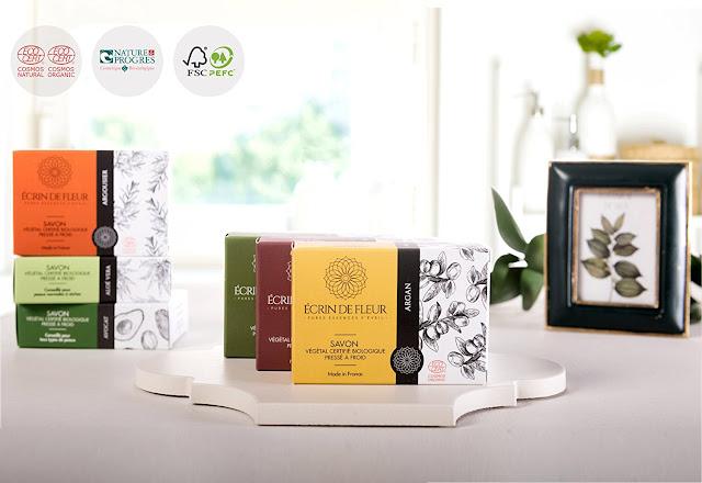 cadeau beauté : Savon certifié biologique à l'aloe vera – Savon hydratant à l'aloe vera infusé d'huiles essentielles – Savon non toxique qui adoucit la peau sans SLS ni produits chimiques.