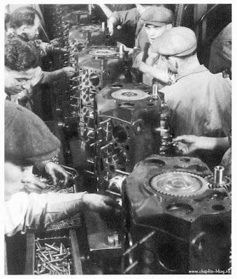 Чарльз Чаплин на заводе Форда, 1920-е