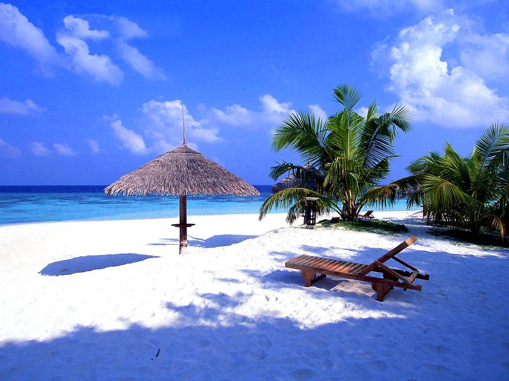 Liburan Menyenangkan dengan Melakukan Banyak Kegiatan di Bali Seminyak Bersama Indonesia Travel (Belanda)