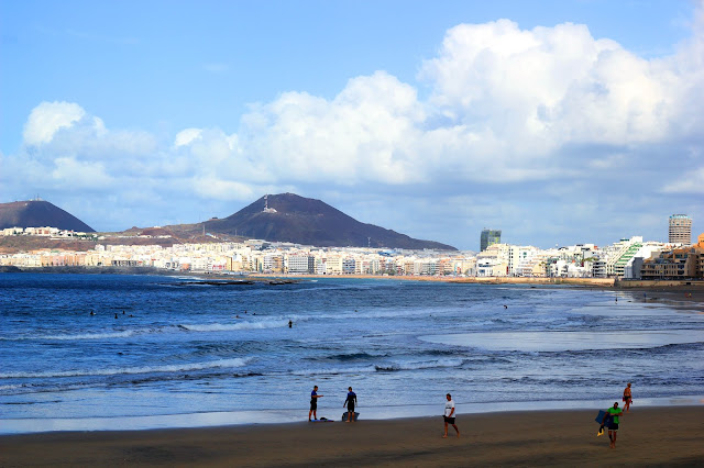 Beach Gran Canaria Travel Blog Iga Berry