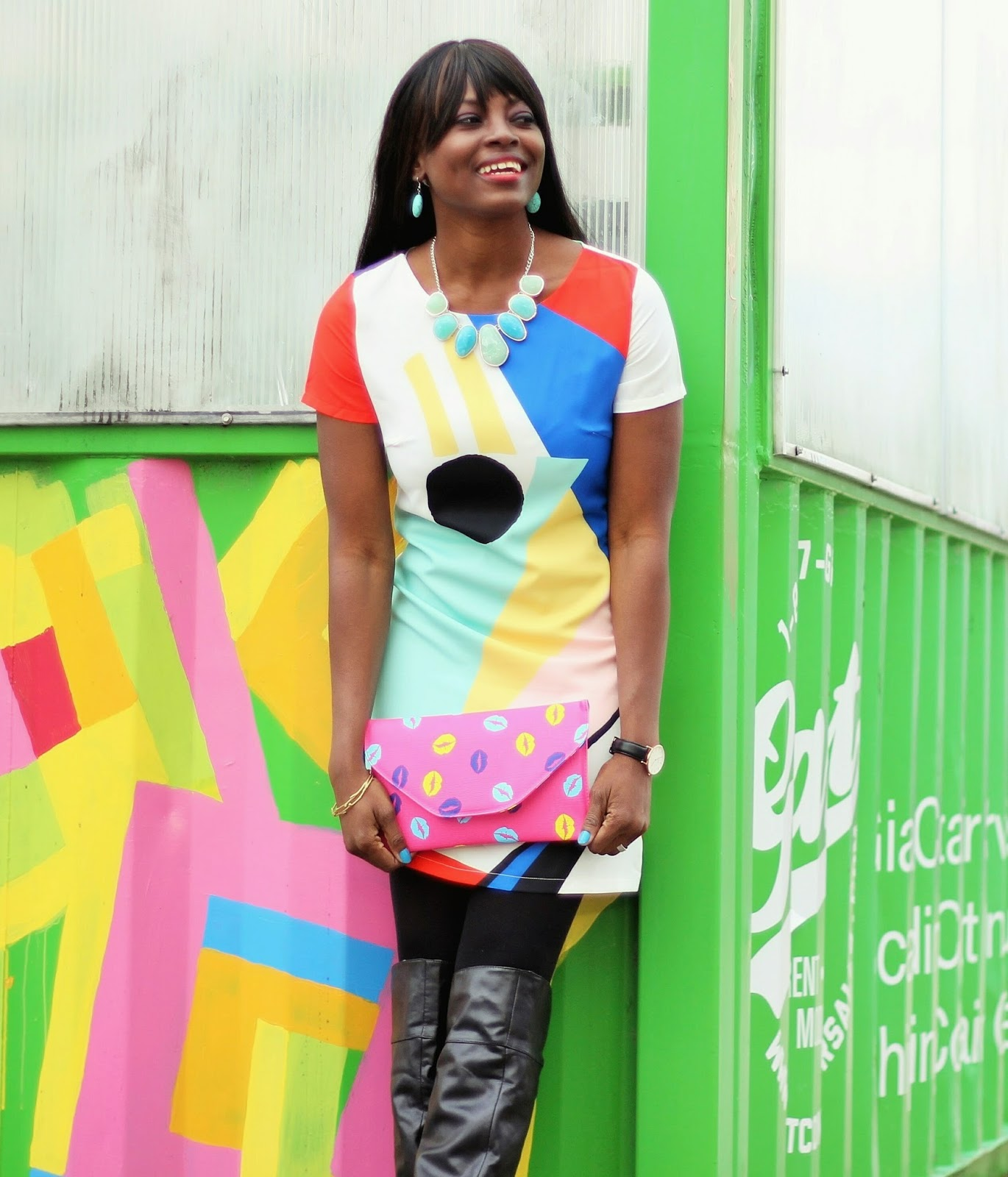 Romwe Color Block Dress styled with a  Mode Madison Pink Liptastic Clutch