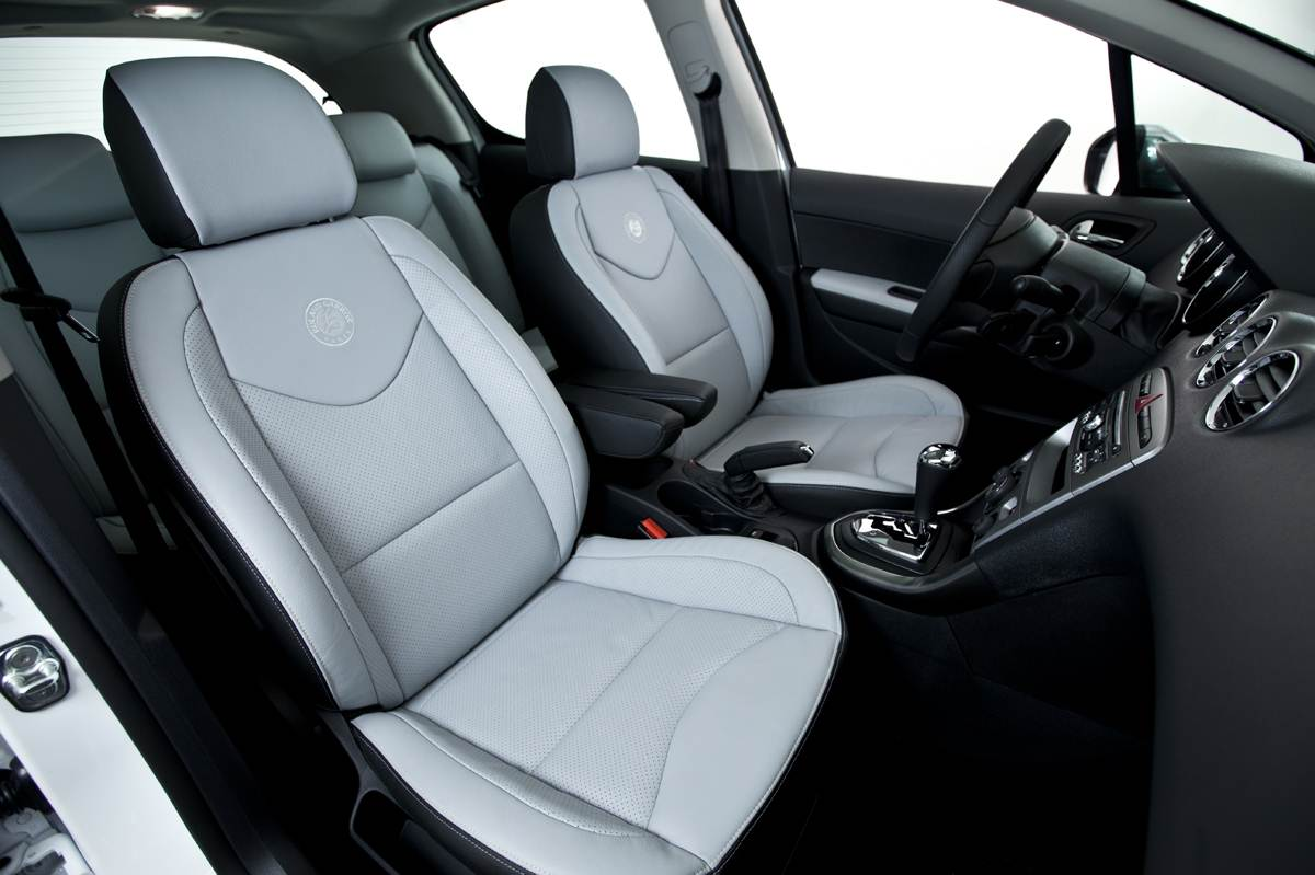 peugeot 308 308 cc e 3008 roland garros fotos e pre os car blog br. Black Bedroom Furniture Sets. Home Design Ideas