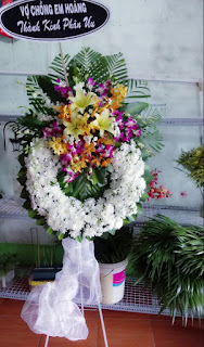 Vòng hoa tang lễ TpHCM