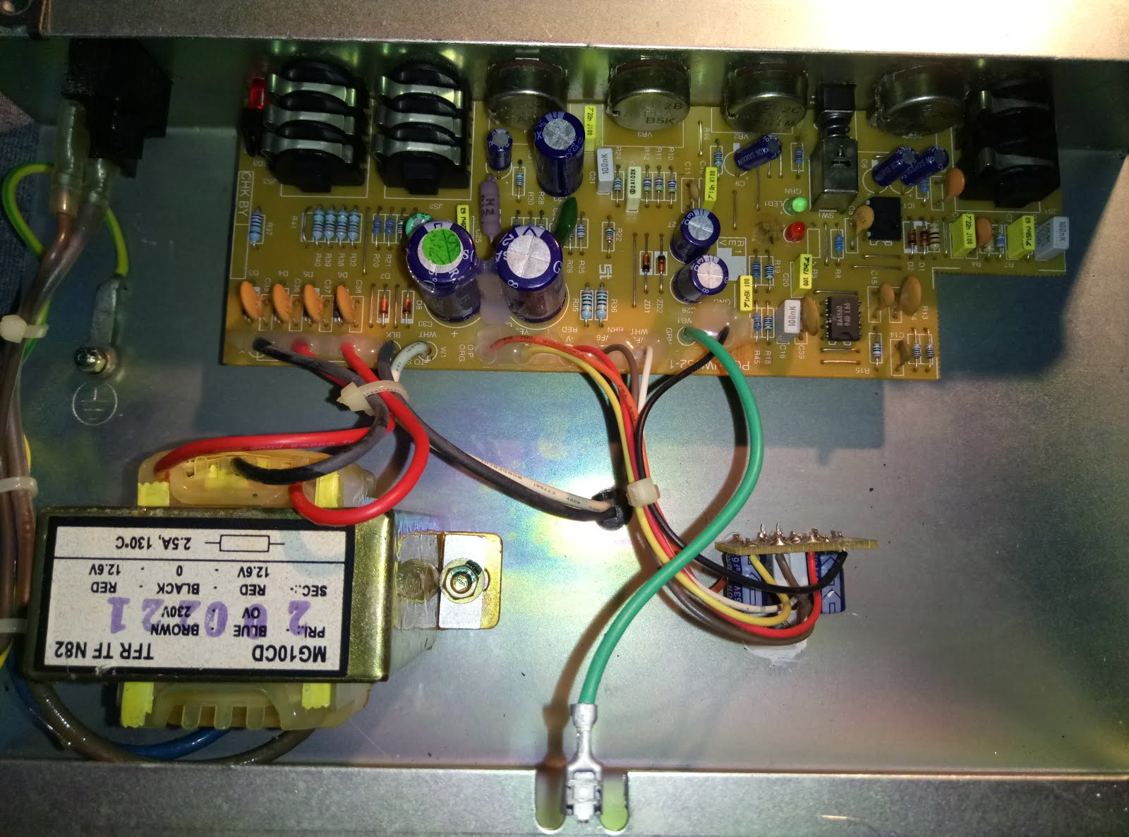 Marshall Mg10 Modification Guitar Dreamer Wiring Diagram 4x12 Cabinet And Heres The Inside Of New Mg10cf Model