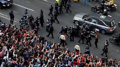 The final Exit of Juan Gabriel