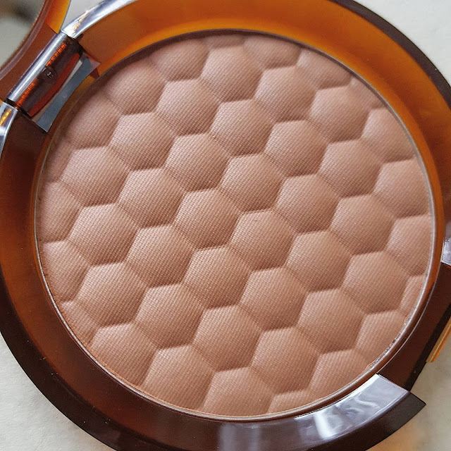 Honey Bronze Close Up