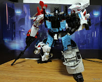 Transformers UW-03 Unite Warriors Defensor 2