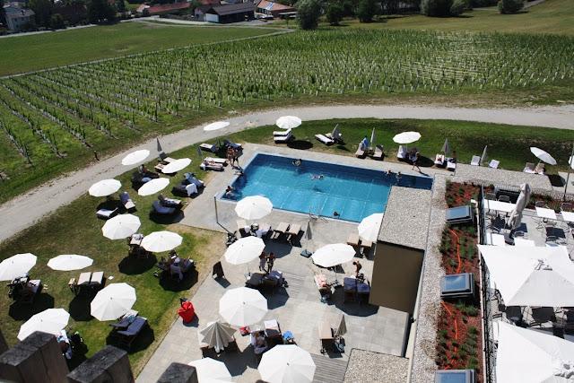 Poollandschaft im Weinberg - Entspannung pur! © Copyright Monika Fuchs, TravelWorldOnline