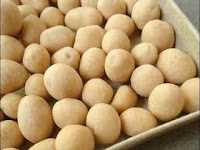 Resep Membuat Kue Kacang Telur Gurih Dan Renyah