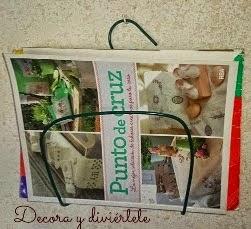 http://www.decoraydiviertete.net/2014/10/small-diy-para-hacer-un-revistero-con.html