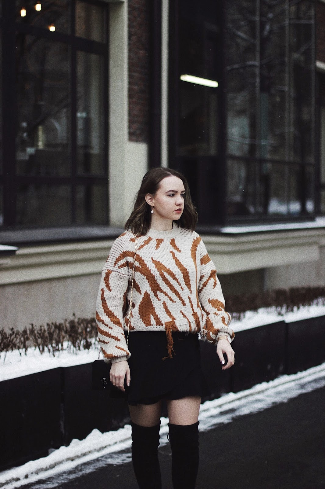 Fashion Blogger | Chunky Sweater Outfit