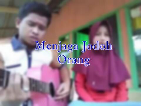 Chord Gitar dan Lirik Lagu D'Cozt - Menjaga Jodoh Orang