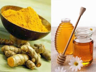 Cách làm trắng da với mật ong và nghệ vàng
