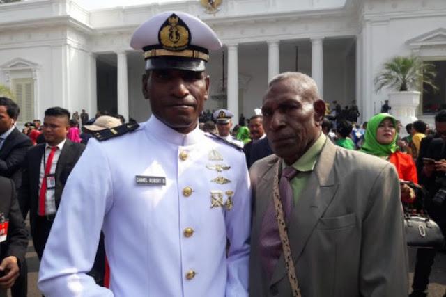 Membanggakan, Putera Papua Anak Seorang Petani Lulus Jadi Perwira Akademi Angkatan Laut, Ini Dia Sosoknya...