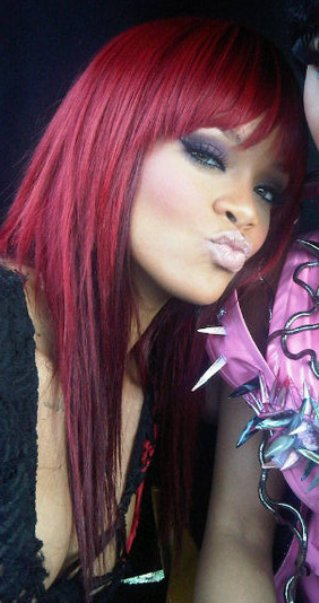 Windy Hairstyle Rihanna Hairstyles 2011