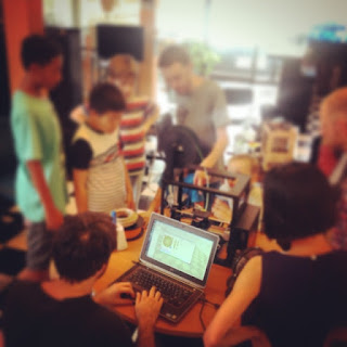 Teaching 3D printing at Hackerspace Phnom Penh