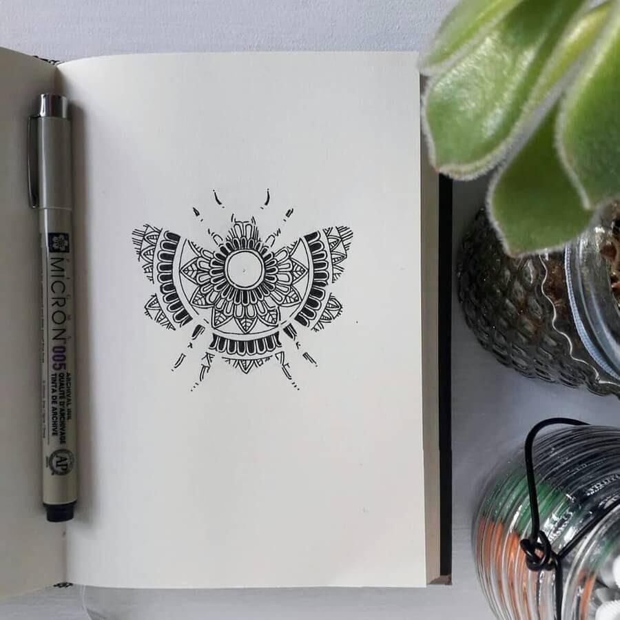 10-Moth-Anna-Brookes-www-designstack-co