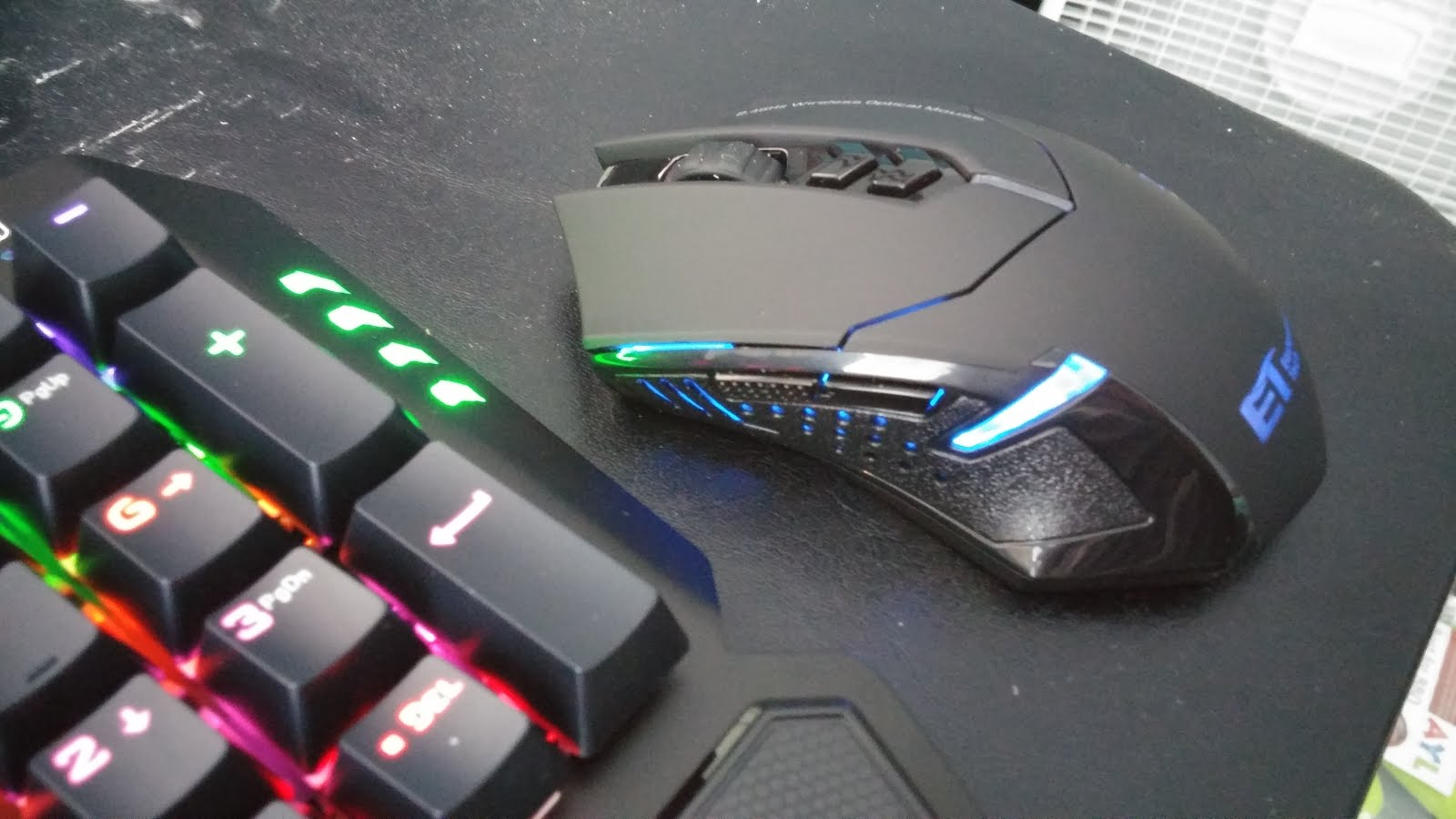 How to configure a gaming mouse buttons in Linux using a GUI