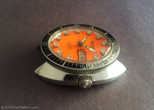 Vintage 1971 Bulova Oceanographer Snorkel V 666ft Devil Diver profile