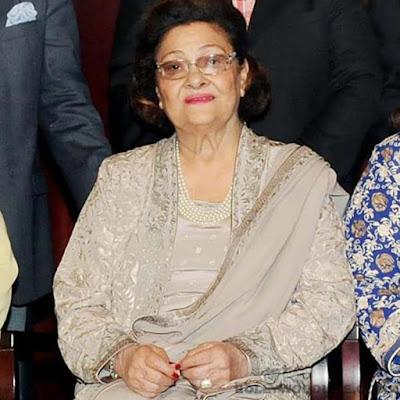 #instamag-bollywood-mourn-demise-of-krishna-kapoor-wife-of-raj-kapoor