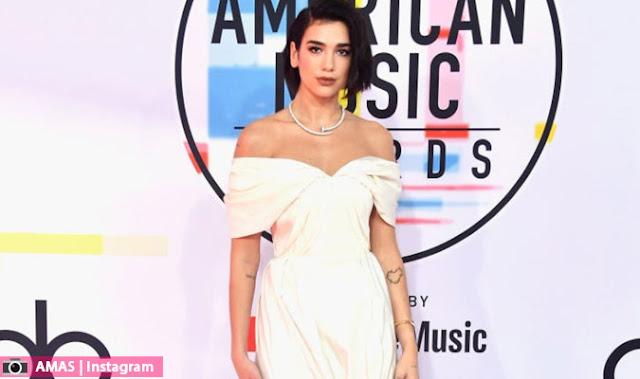 اطلالات النجوم و النجمات في حفل توزيع جوائز الموسيقى الامريكية AMA's 2018