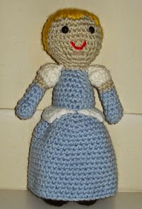 http://www.ravelry.com/patterns/library/cenicienta-amigurumi---disney-princess