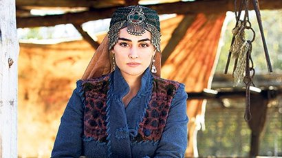 Who is Halim Hatun (Ertuğrul Gazi's wife) And How Old is She? | Full