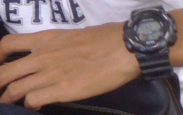 cerita pendek membeli jam tangan pria