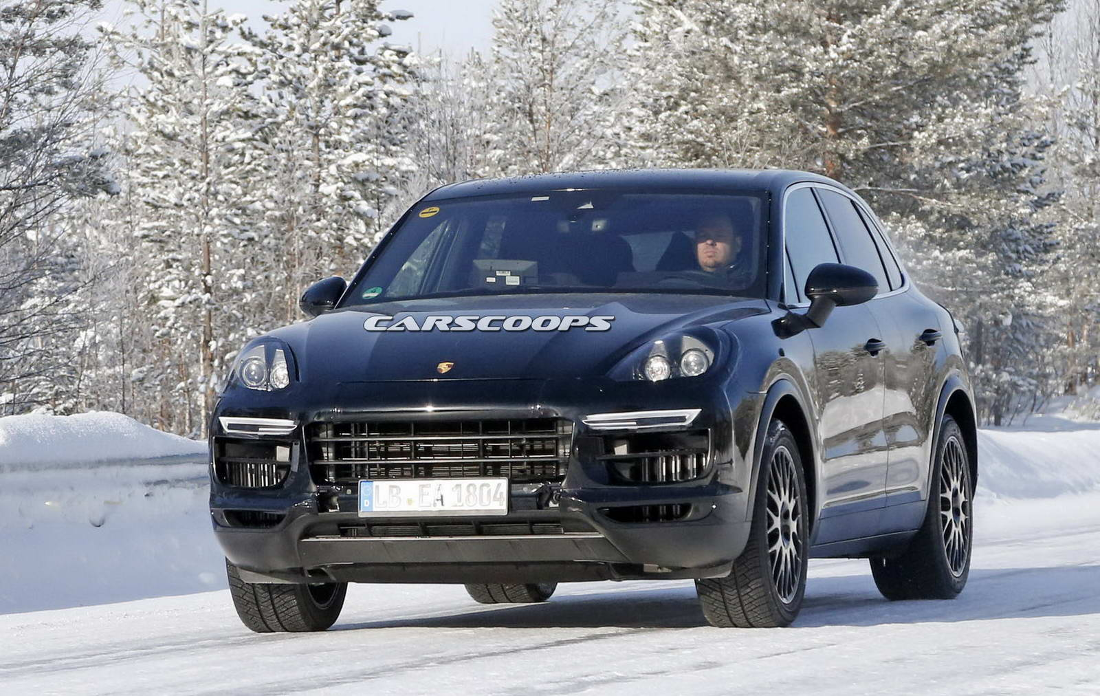 porsche cayenne 2018 redesign. contemporary cayenne photo gallery intended porsche cayenne 2018 redesign