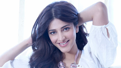 High Resolution Wallpaper Of Shruti Haasan. Shruti Haasan Beautiful Smile.