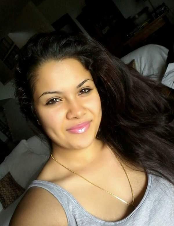 Hot Gemma Sammati