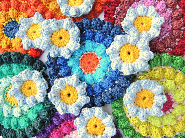 crochet color and flower fun