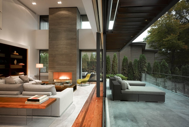 Living room and terrace of Modern mansion by Belzberg Architects Group